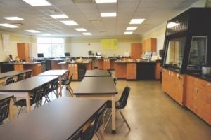 Lake Ridge Academy's new Spellman Science Suite chemistry lab.