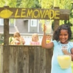 Set up a great lemonade stand with your kids