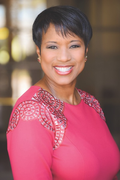 Cleveland News Anchor Danita Harris